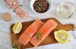 Salmon Fish Cooking Raw Fillet Imágenes de archivo libres de regalías