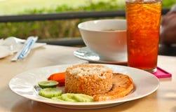 Salmon Fried Rice Images libres de droits
