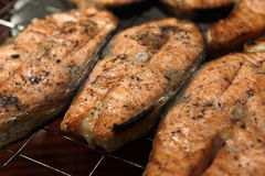 Salmon a grill Royalty Free Stock Photos