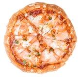 Salmon Pizza (isolato su bianco) Immagine Stock