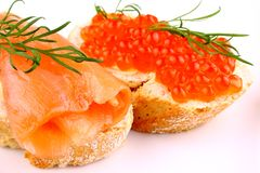 Salmon Red caviar on bread with dill Royalty Free Stock Photos