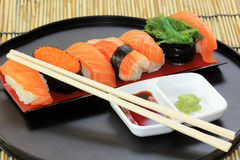 Salmon,shrimp,seaweed sushi in the tray Royalty Free Stock Photos
