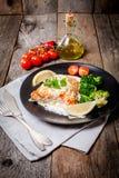 Salmon Steak arrostito con salsa crema Fotografia Stock