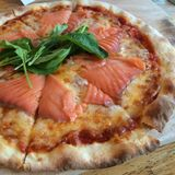 Salmona pizza Obrazy Royalty Free