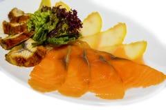 Salmone affumicato e trota arrostita con lattuga Fotografia Stock
