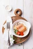 Salmone al forno per la prima colazione immagini stock libere da diritti
