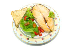 Salmone arrostito con le verdure Immagini Stock