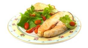 Salmone arrostito con le verdure Immagine Stock