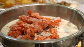 Salmone arrostito in crema stock footage