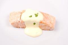 Salmone con la salsa del hollad Fotografie Stock