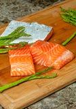Salmone ed asparago Fotografia Stock