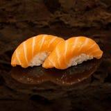 Salmones de Nigiri fotografía de archivo libre de regalías