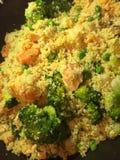 Salmones y verdura cocinados Foto de archivo libre de regalías