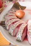 Salmonete em uma tabela de cozinha. fotos de stock royalty free