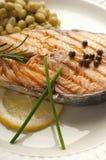 Salmoni cotti con pepe verde Immagini Stock