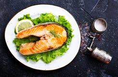 Salmoni fritti immagine stock libera da diritti