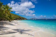 Salomon Beach en el parque nacional de las Islas V?rgenes de los E.E.U.U. en St John en las Islas V?rgenes de los E.E.U.U. imagen de archivo