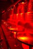 Salon allumé par rouge Images libres de droits