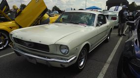 Salon automobile de mustang Images stock