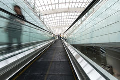 Salon capital d'aéroport de Pékin de l'escalator Images stock
