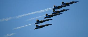 Salon de l'aéronautique d'anges bleus photographie stock libre de droits