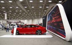 Salon de l'Auto de visite de personnes à Dallas TX images stock