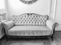 Salon de sofa de vintage photo stock
