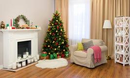 Salon fin décoré pour Noël photo libre de droits