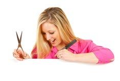 Salon: Z podnieceniem fryzjerów spojrzenia Zestrzelają Przy biel kartą Zdjęcia Stock