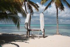 Salonbadekurort auf dem Strand Stockfotografie