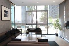 Salone in appartamento di lusso fotografia stock