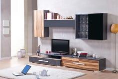 Salone con il supporto della TV fotografie stock