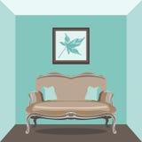 Salone d'annata con il sofà Immagini Stock Libere da Diritti