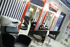Salone moderno di lavoro di parrucchiere Fotografia Stock Libera da Diritti