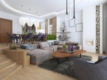 Salone moderno in uno stile del sottotetto Fotografia Stock Libera da Diritti