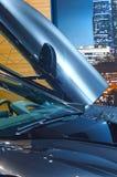 Salongen BMW i8 för bilen för premiärMoskva lyftte den internationella dörrdelen Royaltyfria Bilder