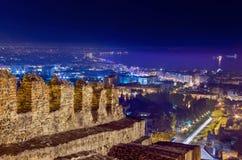 Salonicco alla notte La Grecia Immagini Stock