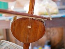 Salor, das gespielt werden, zwei oder Dreischnurspitzengeige benutzt in der Lanna-Region oder im Norden von Thailand stockbilder