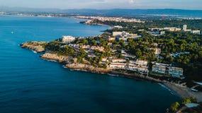 Salou, Κόστα Ντοράδα παραλία Ξενοδοχεία και θέρετρα Προορισμός ταξιδιού στην Ισπανία στοκ φωτογραφία με δικαίωμα ελεύθερης χρήσης