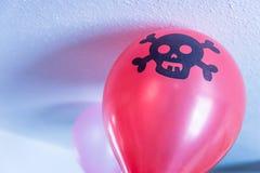 Salowego chłopiec pirata urodzinowa świąteczna balonowa dekoracja Zdjęcie Royalty Free