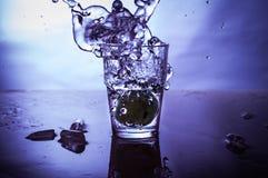 Salpicar el agua Fotografía de archivo libre de regalías