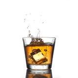 Salpicar la bebida fresca Imagenes de archivo