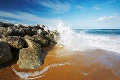 Salpicar la onda Fotos de archivo