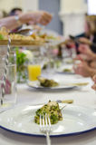 Salsa κοτόπουλου wirh verde που εξυπηρετείται Στοκ φωτογραφία με δικαίωμα ελεύθερης χρήσης