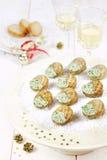 Salsa de la mantequilla de caracoles en la decoración del Año Nuevo Foto de archivo libre de regalías