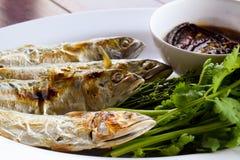 Salsa de pescados, verduras dulces y hojas del neem Fotografía de archivo
