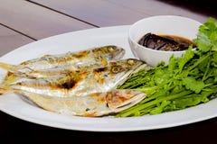Salsa de pescados, verduras dulces y hojas del neem Imagen de archivo libre de regalías