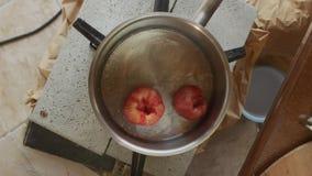 Salsa de tomate hecha en casa almacen de video