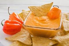 Salsa del Habanero, habaneros di salsa de chiles, alimento messicano dei peperoncini caldi maturi piccanti del habanero nel Messi Immagini Stock Libere da Diritti