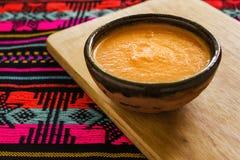 Salsa del Habanero, habaneros di salsa de chiles, alimento messicano dei peperoncini caldi maturi piccanti del habanero nel Messi Fotografia Stock Libera da Diritti